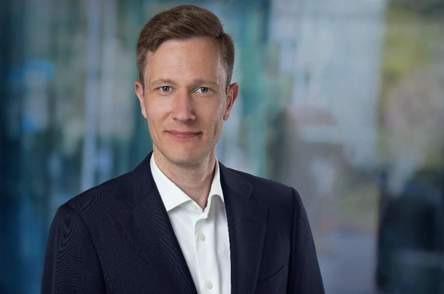 Michael Fröse ist nun General Manager des Cosentino Center Düsseldorf. Foto: Andi Werner für Cosentino
