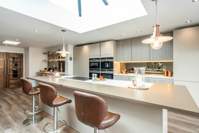 Image of Myers Touch Daniels Kitchen 01038 ZF 2442 14358 1 034 in A space designed for socialising - Cosentino
