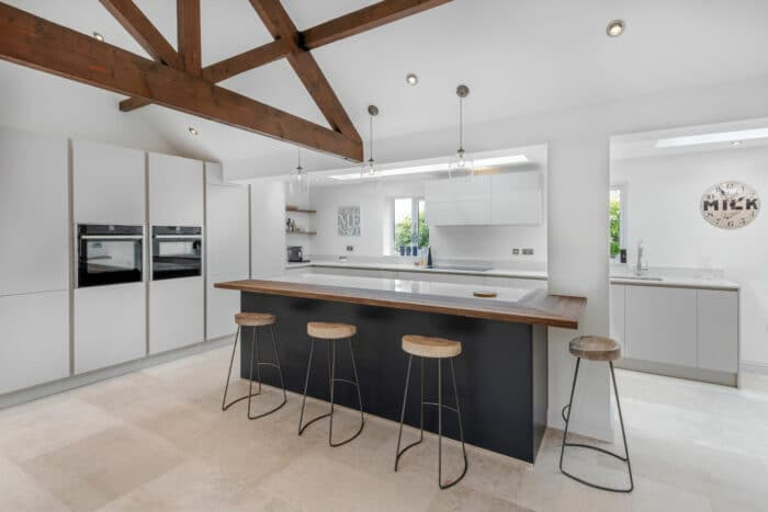 Image of Pond House ph3 by Elmore Kitchens in A space designed for socialising - Cosentino