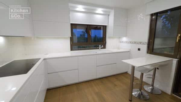 Image of cocina silestone blanco e1542298467212 in Architectural Solutions - Cosentino