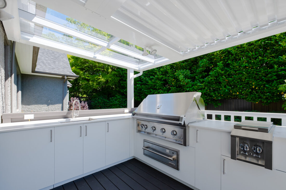 Image of sherwood location2 21 in Great Canadian Backyard Series: Urban Bonfire, Kerrisdale Lumber and Sherwood Outdoor Kitchens team up to create a backyard that dreams are made of - Cosentino