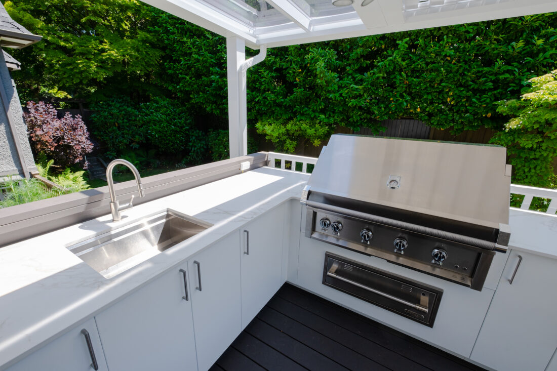 Image of sherwood location2 22 in Great Canadian Backyard Series: Urban Bonfire, Kerrisdale Lumber and Sherwood Outdoor Kitchens team up to create a backyard that dreams are made of - Cosentino