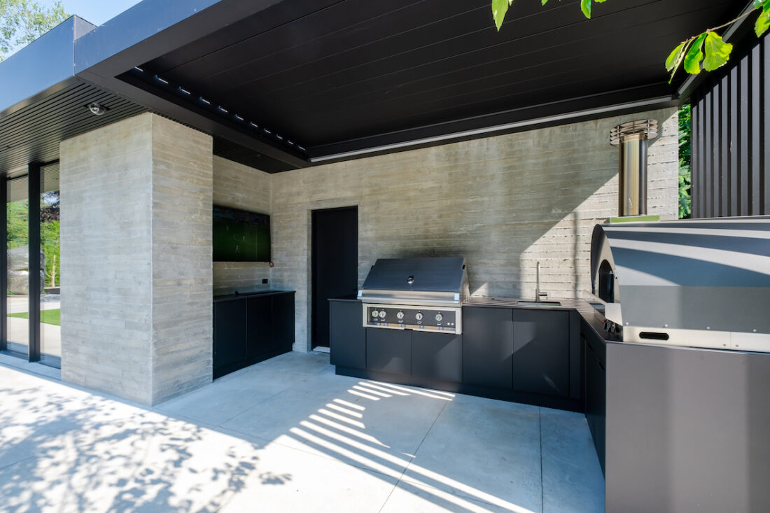 Image of sherwood location4 40 in Great Canadian Backyard Series: Sherwood Outdoor Kitchens creates the ultimate entertaining outdoor living space - Cosentino