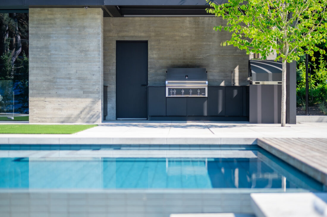 Image of sherwood location4 7 in Great Canadian Backyard Series: Sherwood Outdoor Kitchens creates the ultimate entertaining outdoor living space - Cosentino