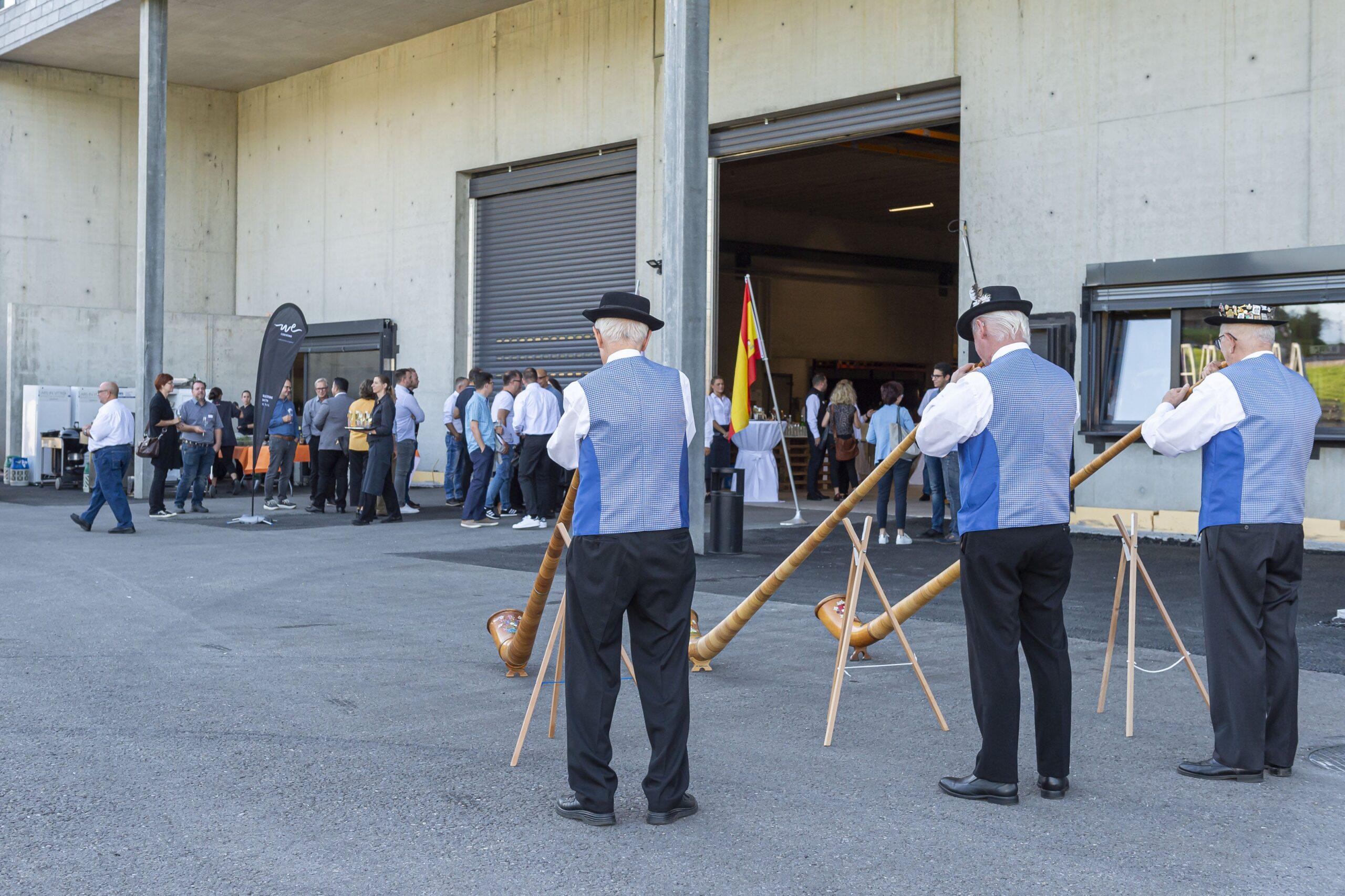 """Image of Costenino Swiss opening 1 scaled in Cosentino estrena nuevo """"Center"""" en Suiza - Cosentino"""