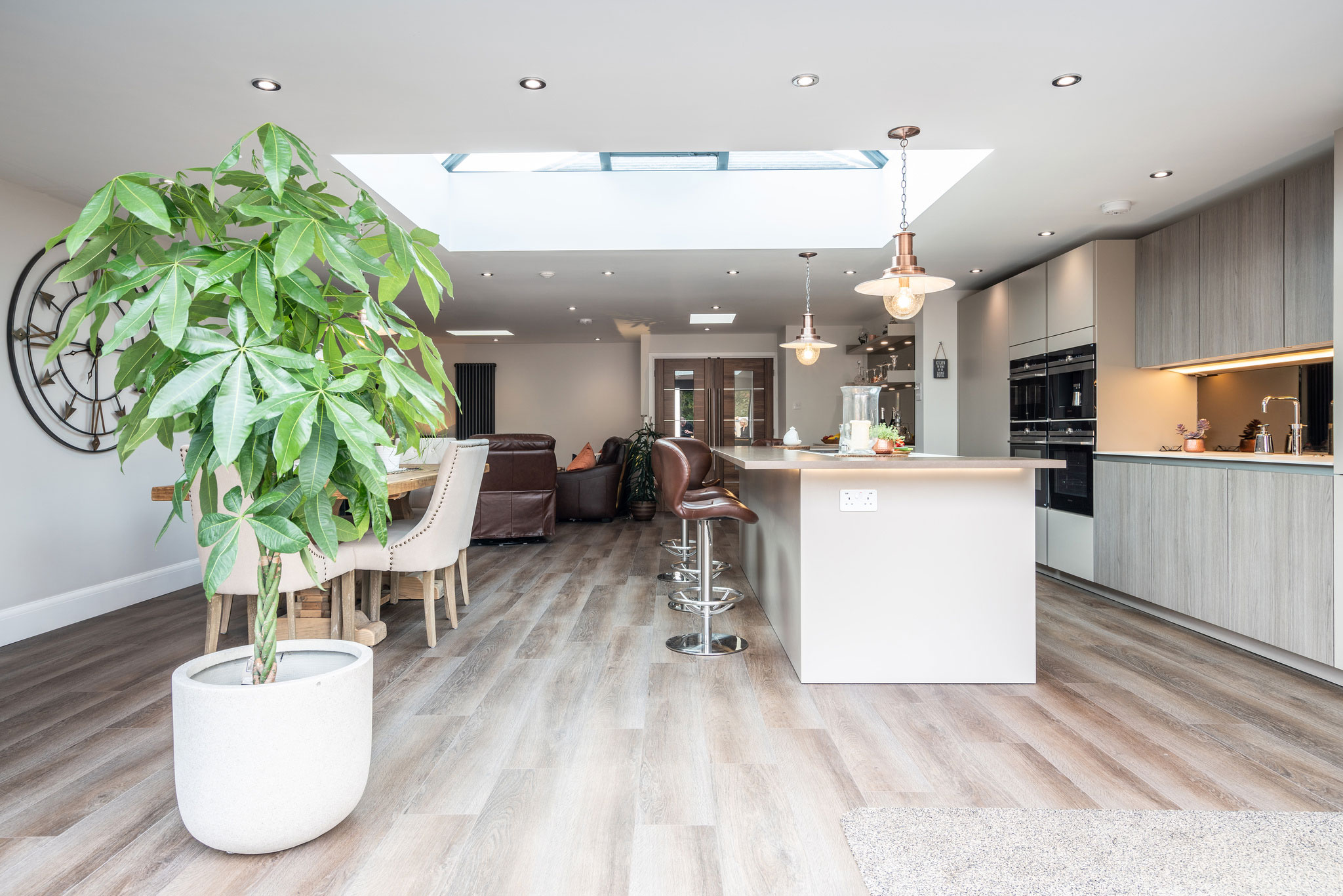 Image of Myers Touch Daniels Kitchen 01224 ZF 2442 14358 1 069 in Un espace conçu pour la convivialité - Cosentino