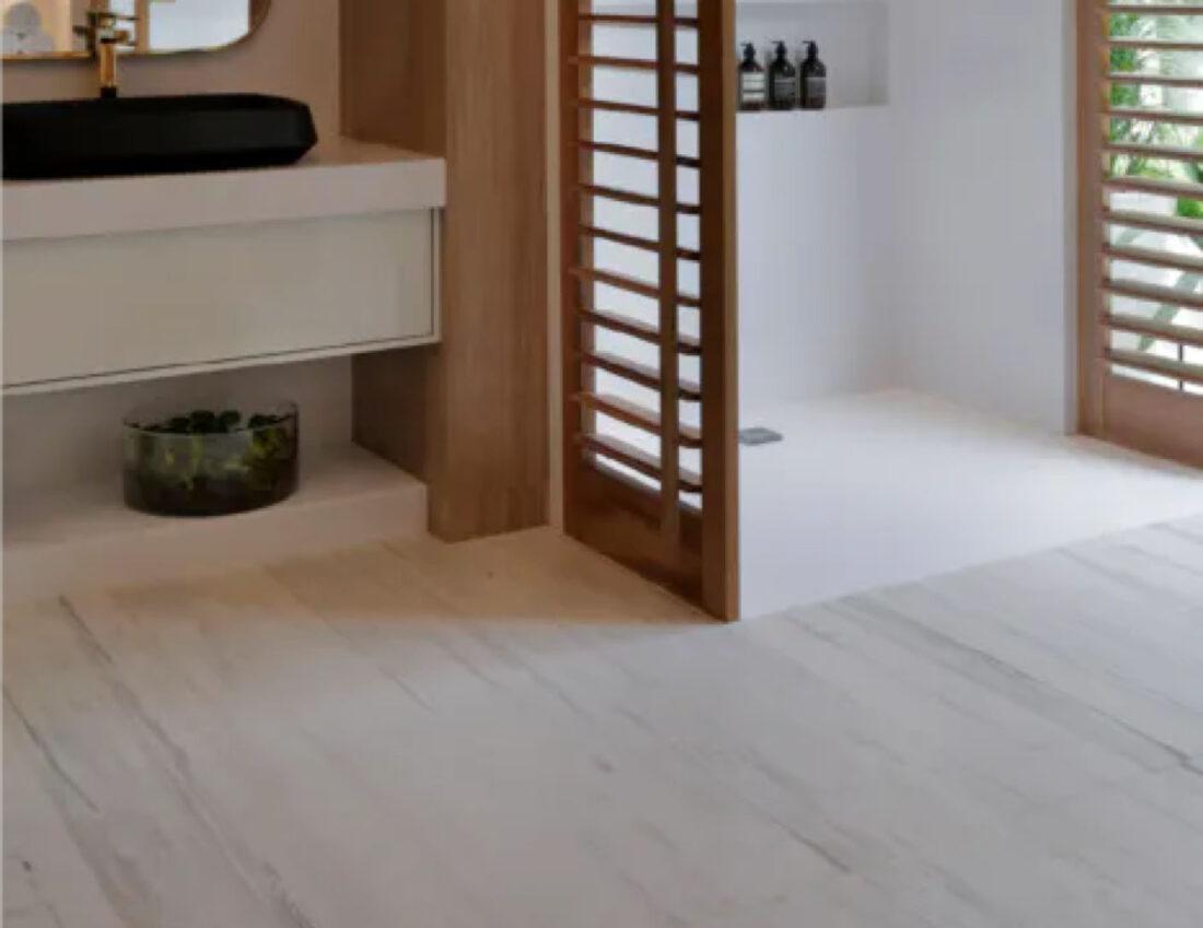 Image of Img Baños Suelos ventajas in Revêtements de sol de salle de bains - Cosentino