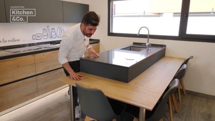 Image of KCo cocina con península 2 in Parements de cuisine - Cosentino