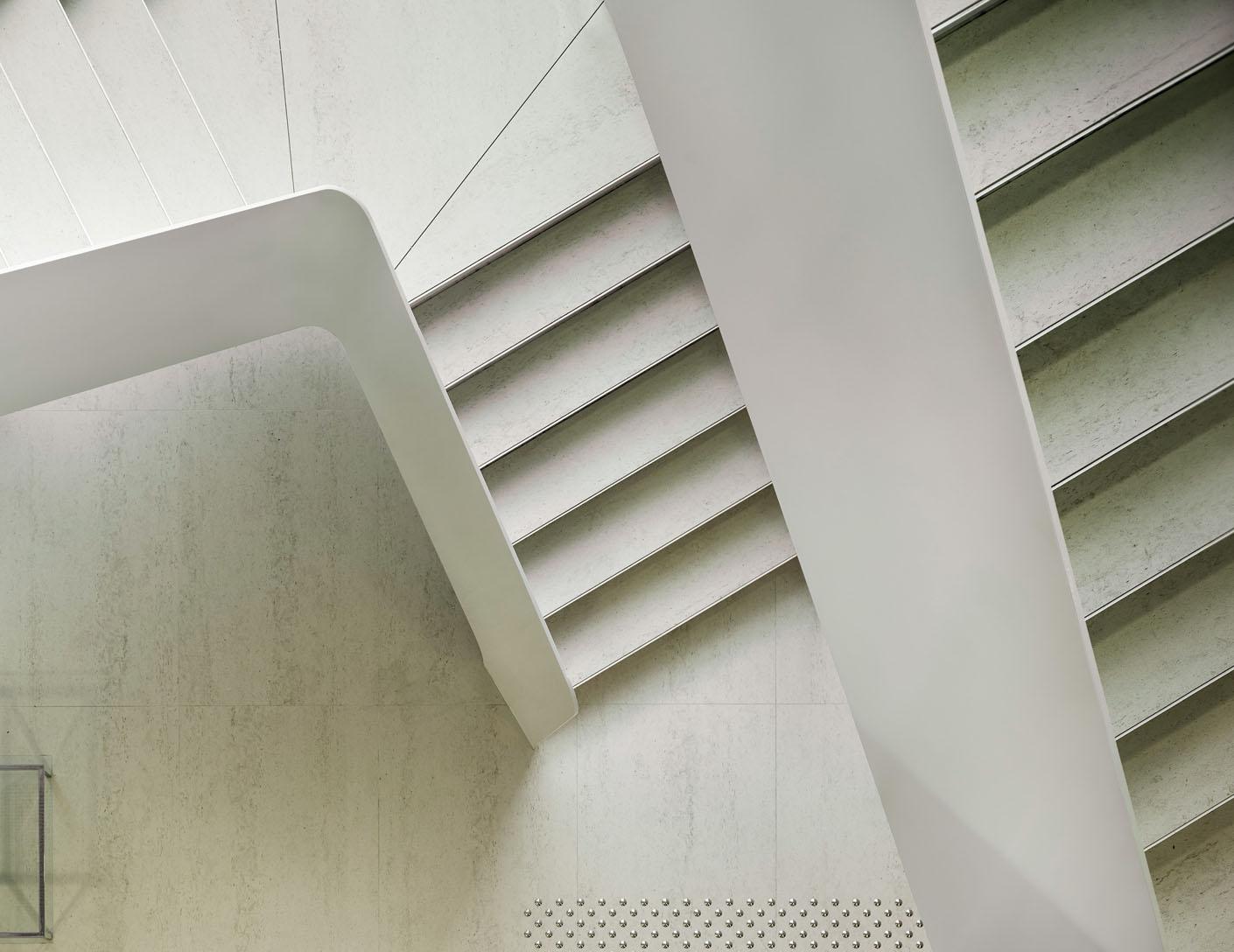 Image of sol arq suelos y pav escaleras in Revêtements de sols - Cosentino