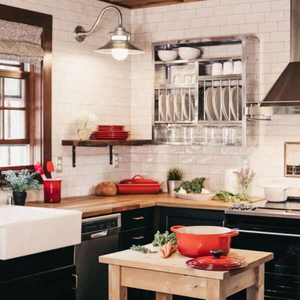 Image of becca tapert uGak0qtrphM unsplash in Sette idee per rinfrescare la tua cucina - Cosentino