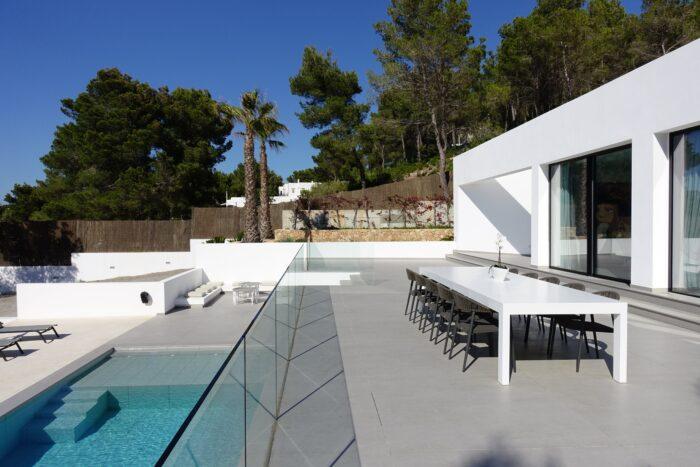 Image of Strato outdoor terrace 2 in Uno spazio progettato per socializzare - Cosentino