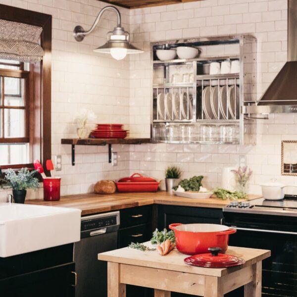 Image of becca tapert uGak0qtrphM unsplash in Sete ideias para refrescar a sua cozinha - Cosentino