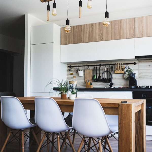 Image of ionut vlad idXQEOxhmvU unsplash in Sete ideias para refrescar a sua cozinha - Cosentino