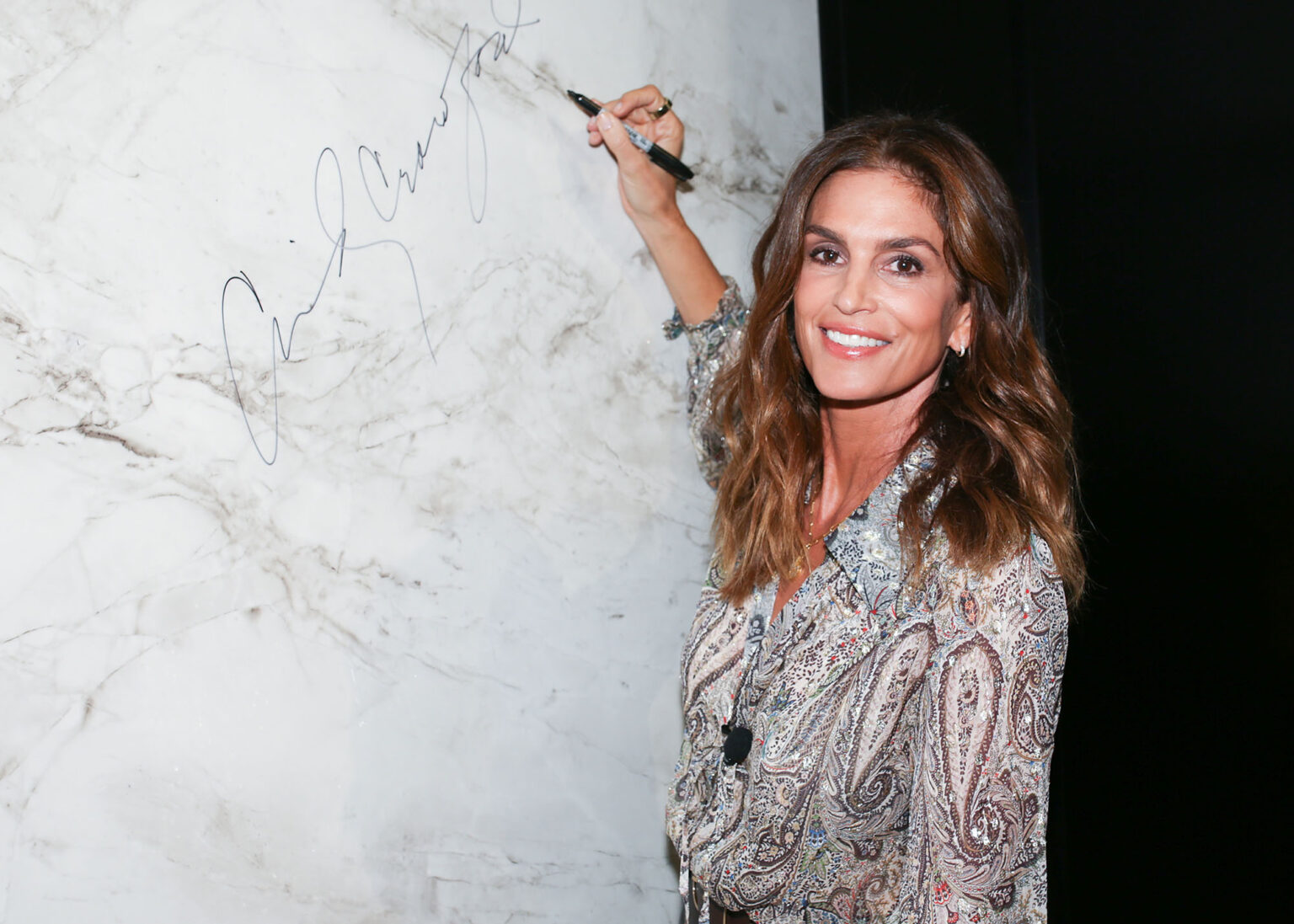 Image of Cosentino City Chicago Opening Cindy Crawford press 1536x1097 1 in Cosentino celebrates Chicago City Center Grand Opening with fashion icon Cindy Crawford - Cosentino