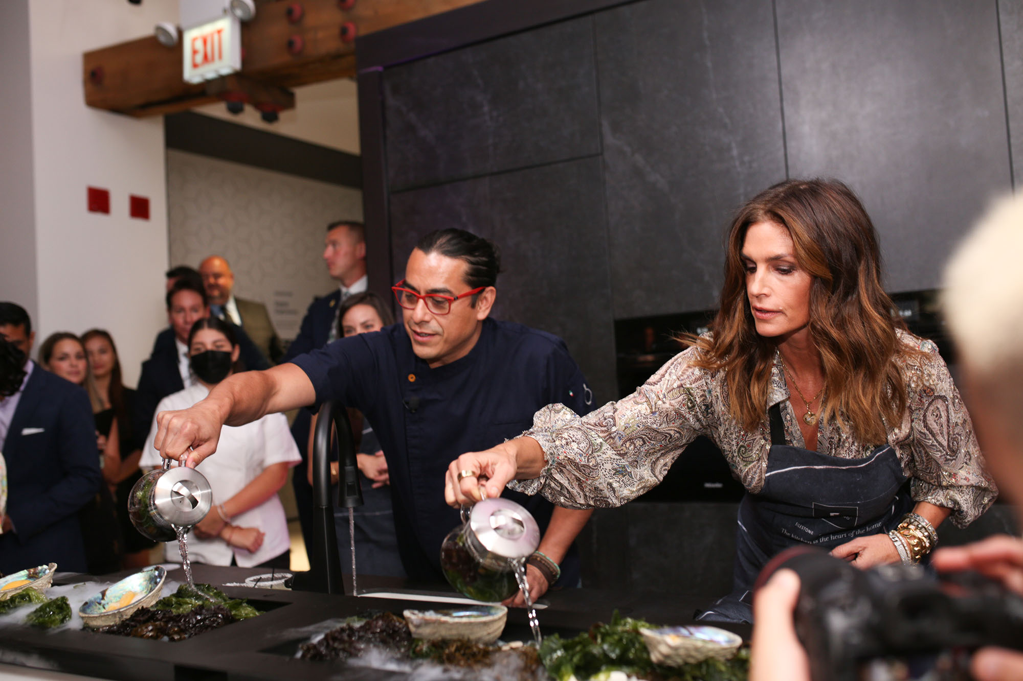 Image of Cosentino City Chicago Carlos Gaytán Cindy Crawford press in Cosentino celebrates Chicago City Center Grand Opening with fashion icon Cindy Crawford - Cosentino
