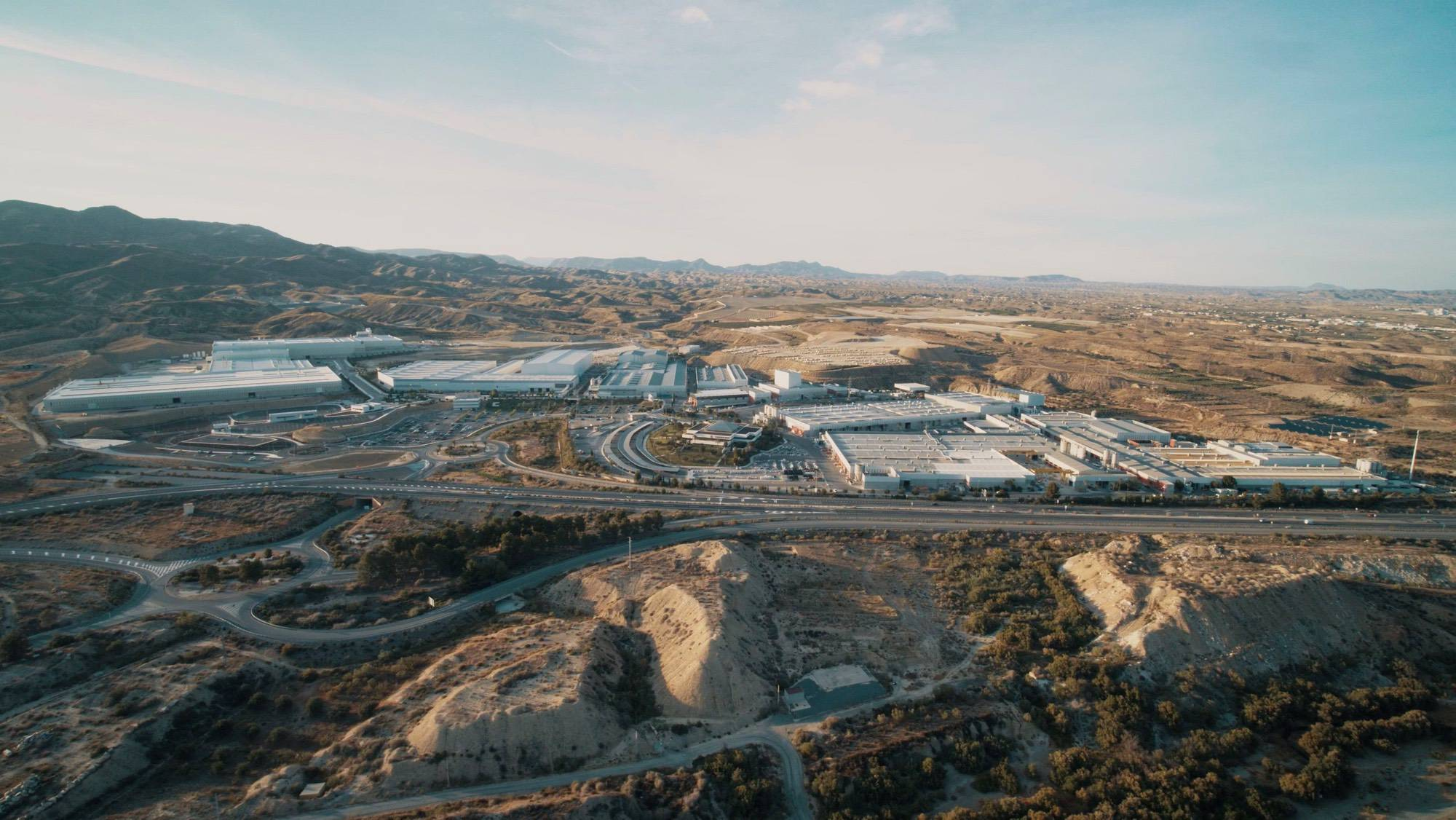 Image of Parque Industrial Cosentino Cantoria 3 in Cosentino joins the industry towards a low-carbon future - Cosentino
