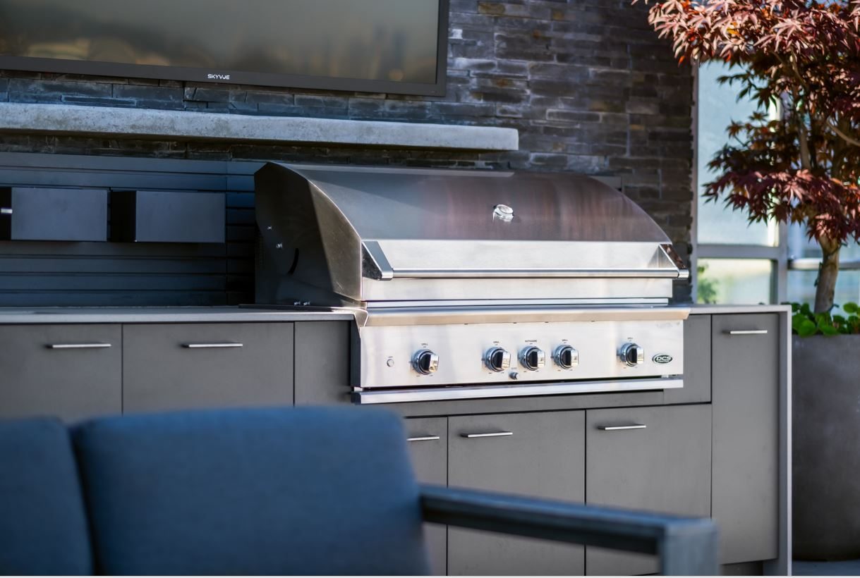 Image of UB2 in Dekton and Urban Bonfire create an unforgettable outdoor kitchen - Cosentino