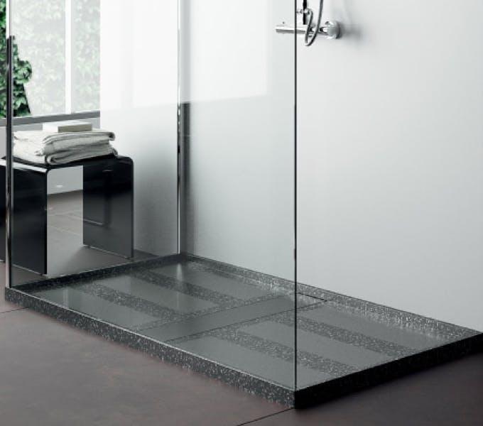 Image of plato de ducha negro 1 in Black shower trays - Cosentino