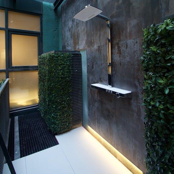 Image of plato ducha blanco industrial in White shower trays - Cosentino