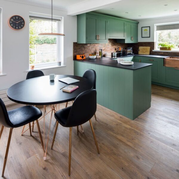 Image of Borston Close 8 in A U-shaped kitchen for order and functionality - Cosentino
