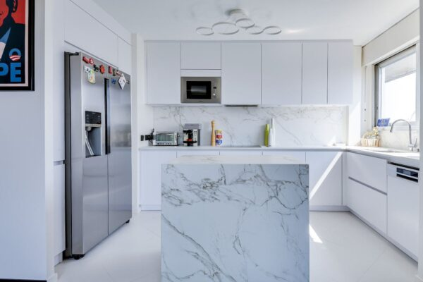 Image of Good Space Entzo in Modular kitchens: practical and versatile - Cosentino