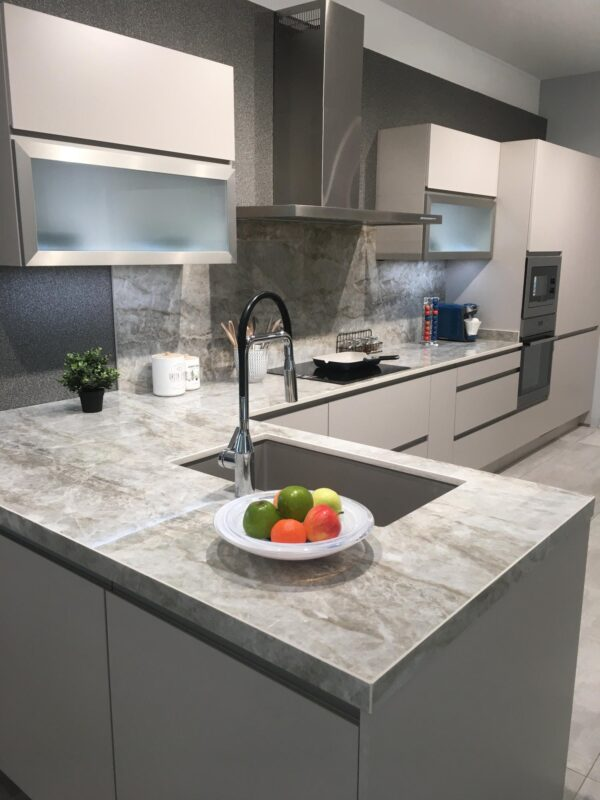 Image of Grupo Leoia Cocinas Taga 1 in L-shaped kitchens, functionality and design in any space - Cosentino
