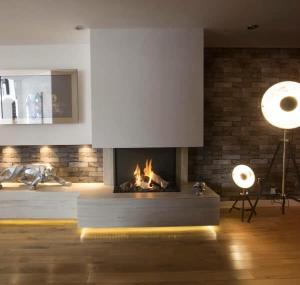 Image of Northwest GB 1 in The welcoming warmth of home that only a fireplace can offer - Cosentino