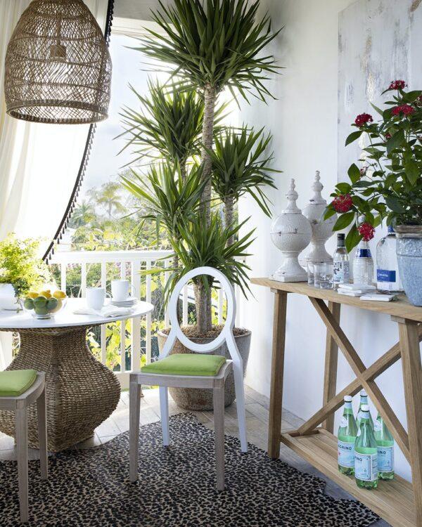 Image of Tablero mesa redonda Dekton Kairos 1 in Terraces: the protagonists of a summer at home - Cosentino