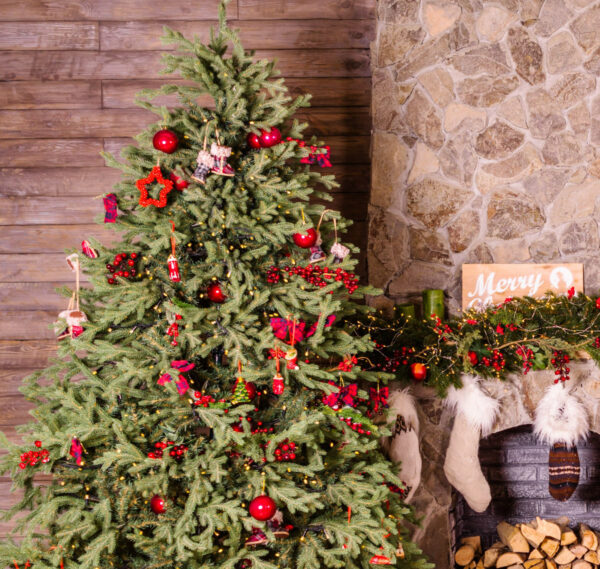 Image of eugenivy now St6UEfOslPE unsplash in The most creative Christmas decoration ideas for your kitchen - Cosentino