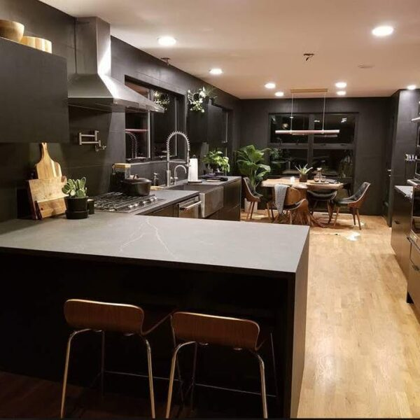 Image of Post 2 2 in Quartz or granite: examples to help you choose the ideal material for your kitchen countertop - Cosentino