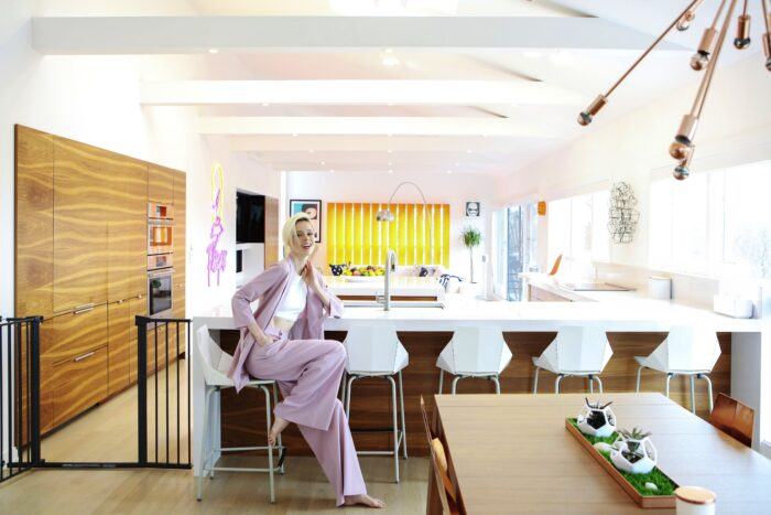 Image of 6. coco rocha kitchen overall with coco 2 in A kitchen with Silestone® in osmosis with nature - Cosentino