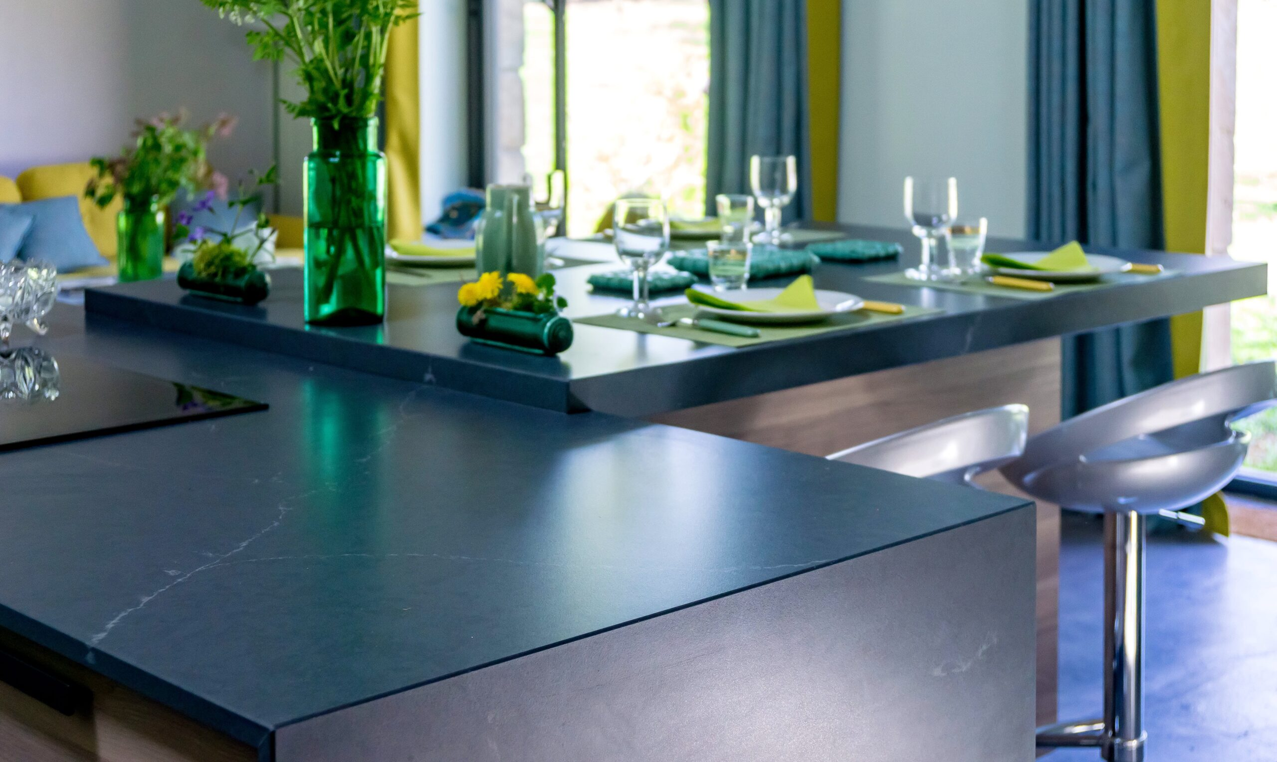 Image of Anne Valery Kitchen with Silestone 2 2 scaled in A kitchen with Silestone® in osmosis with nature - Cosentino