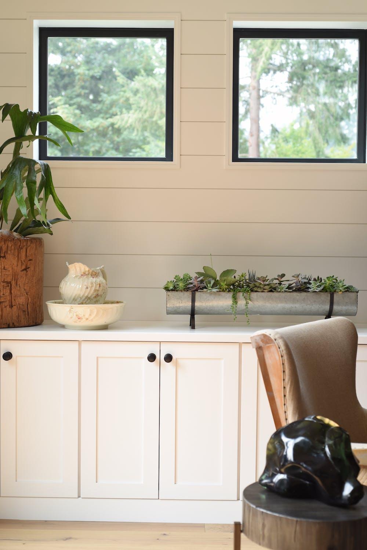 Image of Bonus Room Bar Silestone Iconic White 1 in 2018 Northwest Idea House Features Dekton & Silestone Surfaces - Cosentino