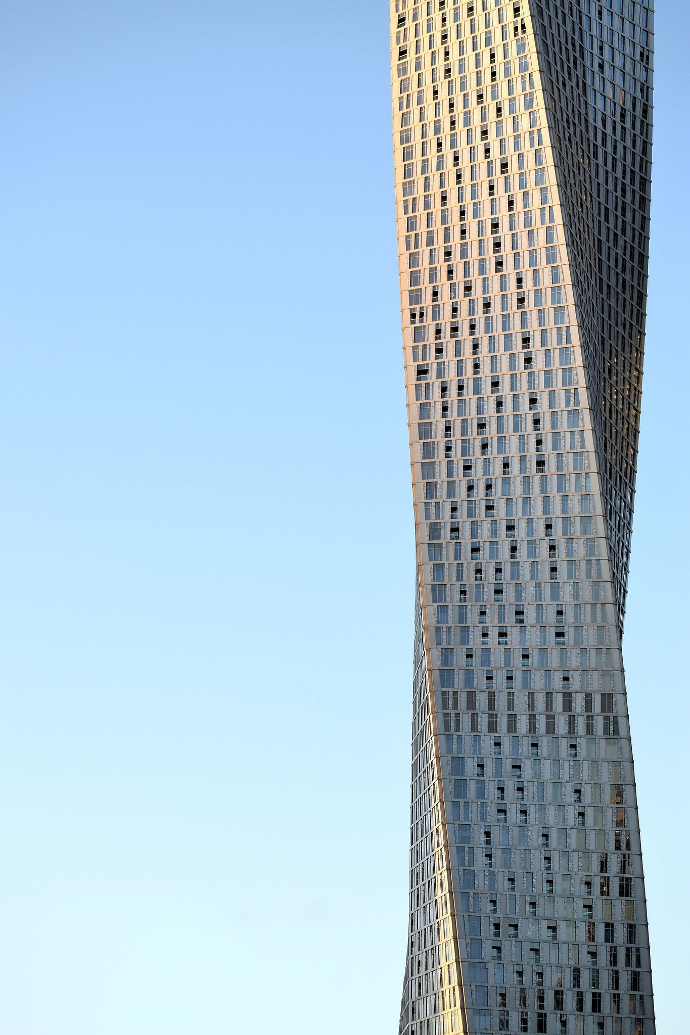 Image of Canyan Tower SOM 3 in Dubai joins C Guide - Cosentino