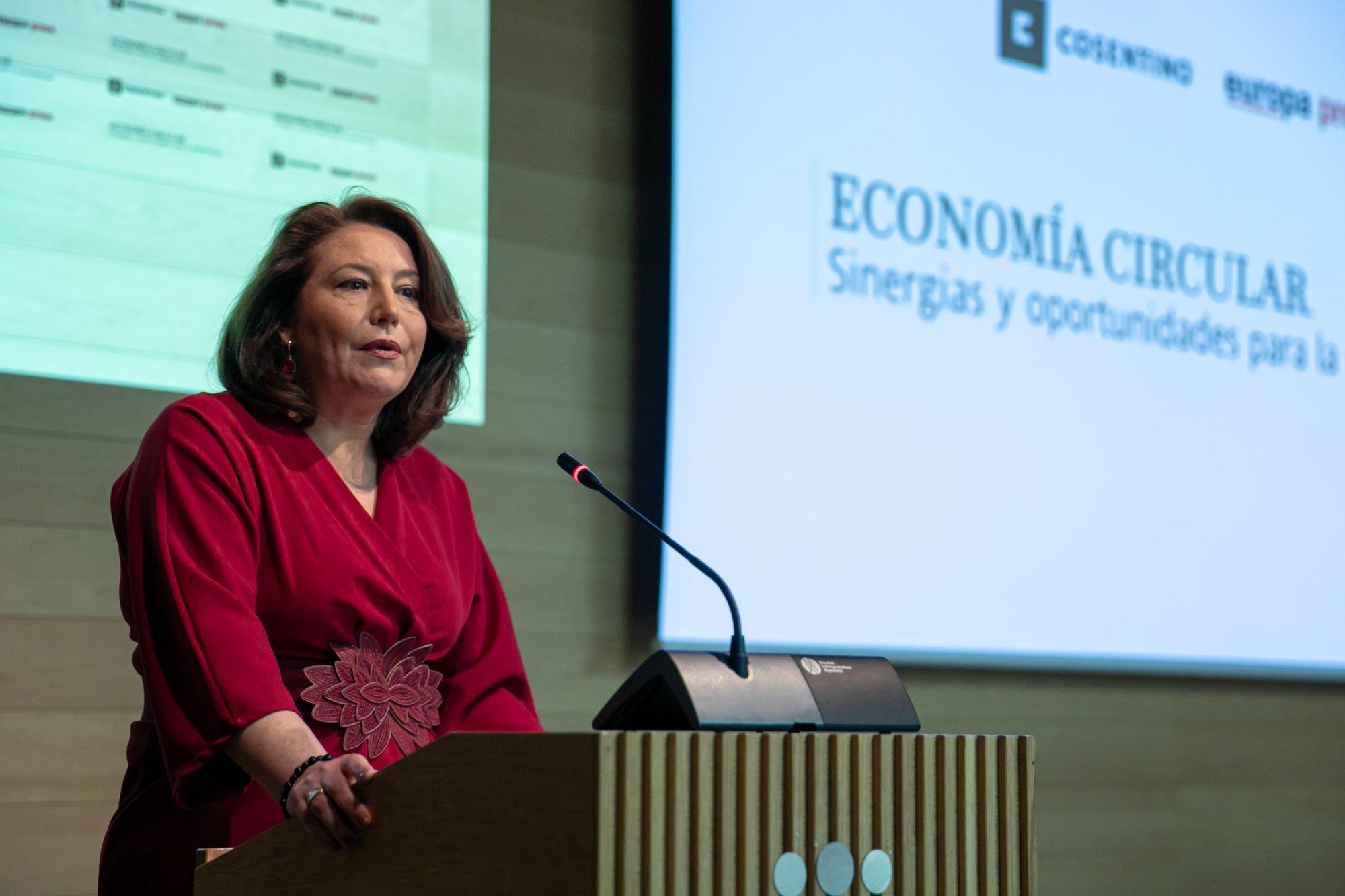 Image of Carmen Crespo Jornada Economia Circular Cosentino 2 in Cosentino promotes the Circular Economy and Industrial Simbiosis - Cosentino