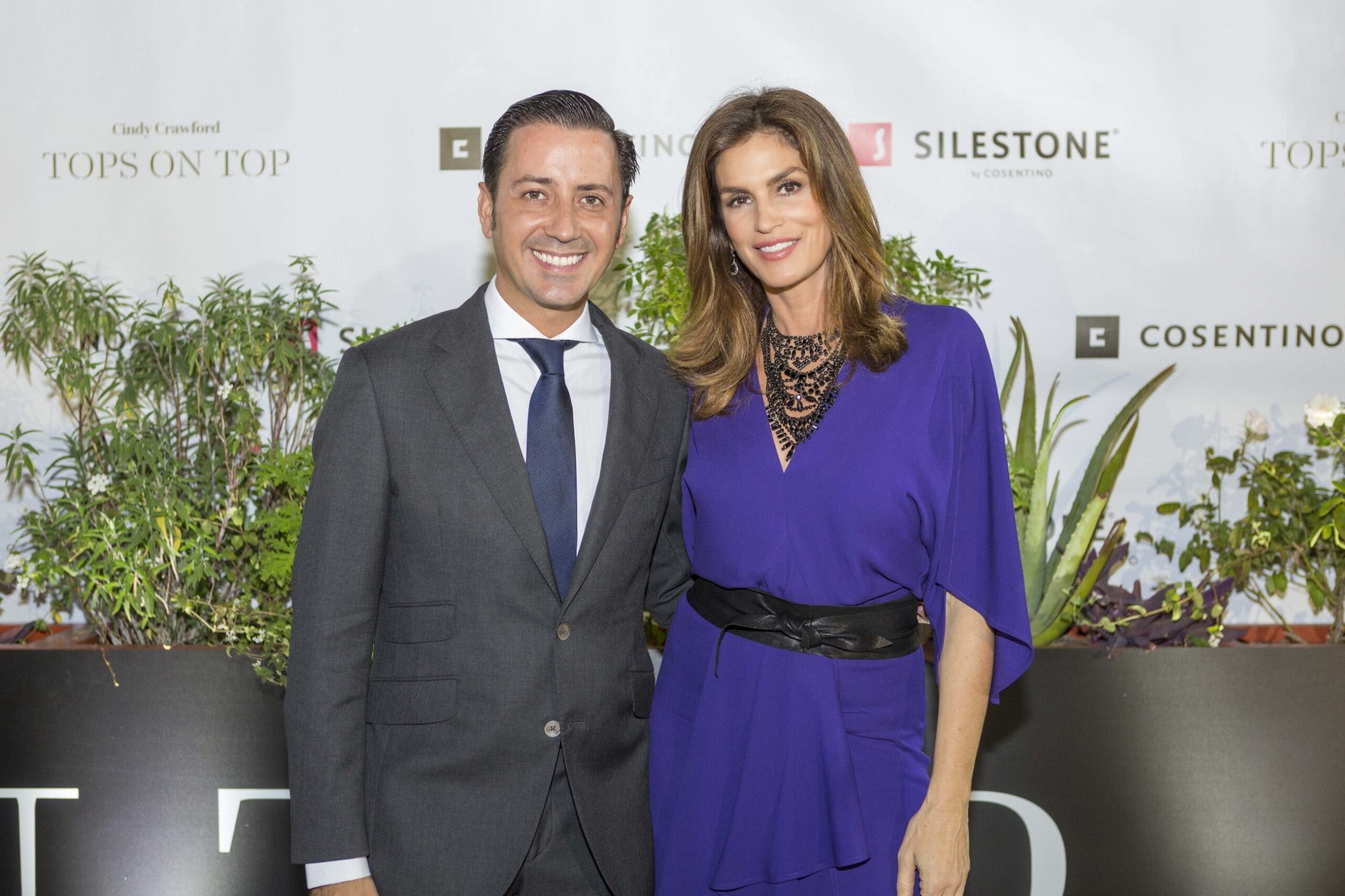 """Image of Cindy Crawford Cosentino 3 prensa 1 1 scaled in Cindy Crawford and """"Tops on Top"""" by Silestone® in Houston - Cosentino"""