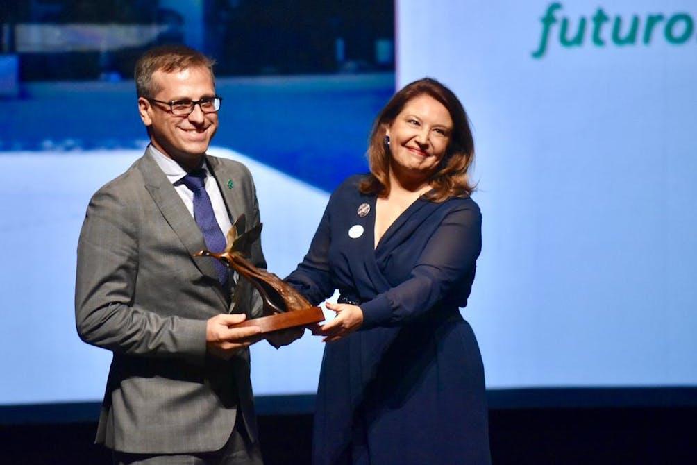 Image of Cosentino Premio PAMA antonio urdiales 2 1 in Cosentino, receives Environment Award from Andalusia Regional Government - Cosentino