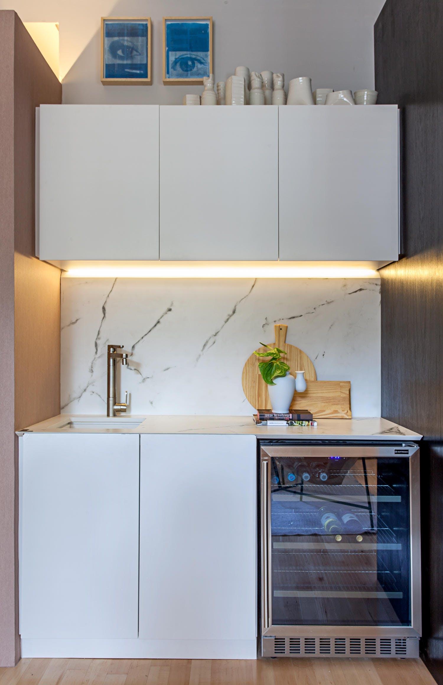 Image of DEKTON KAIROS COPYRIGHT CARLOS PIRATININGA 1 in Compact kitchens: Who says they're a disadvantage? - Cosentino