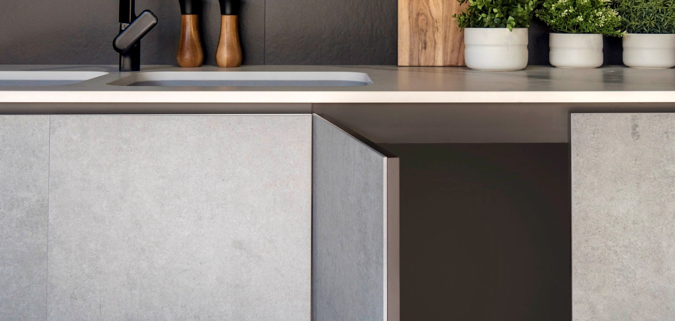 Image of Dekton Slim 4mm Kreta cabinetry cladding Dekton Slim 4mm Sirius splashback 2 in Dekton Slim Wins at the Designer Kitchen and Bathroom Awards 2019 - Cosentino