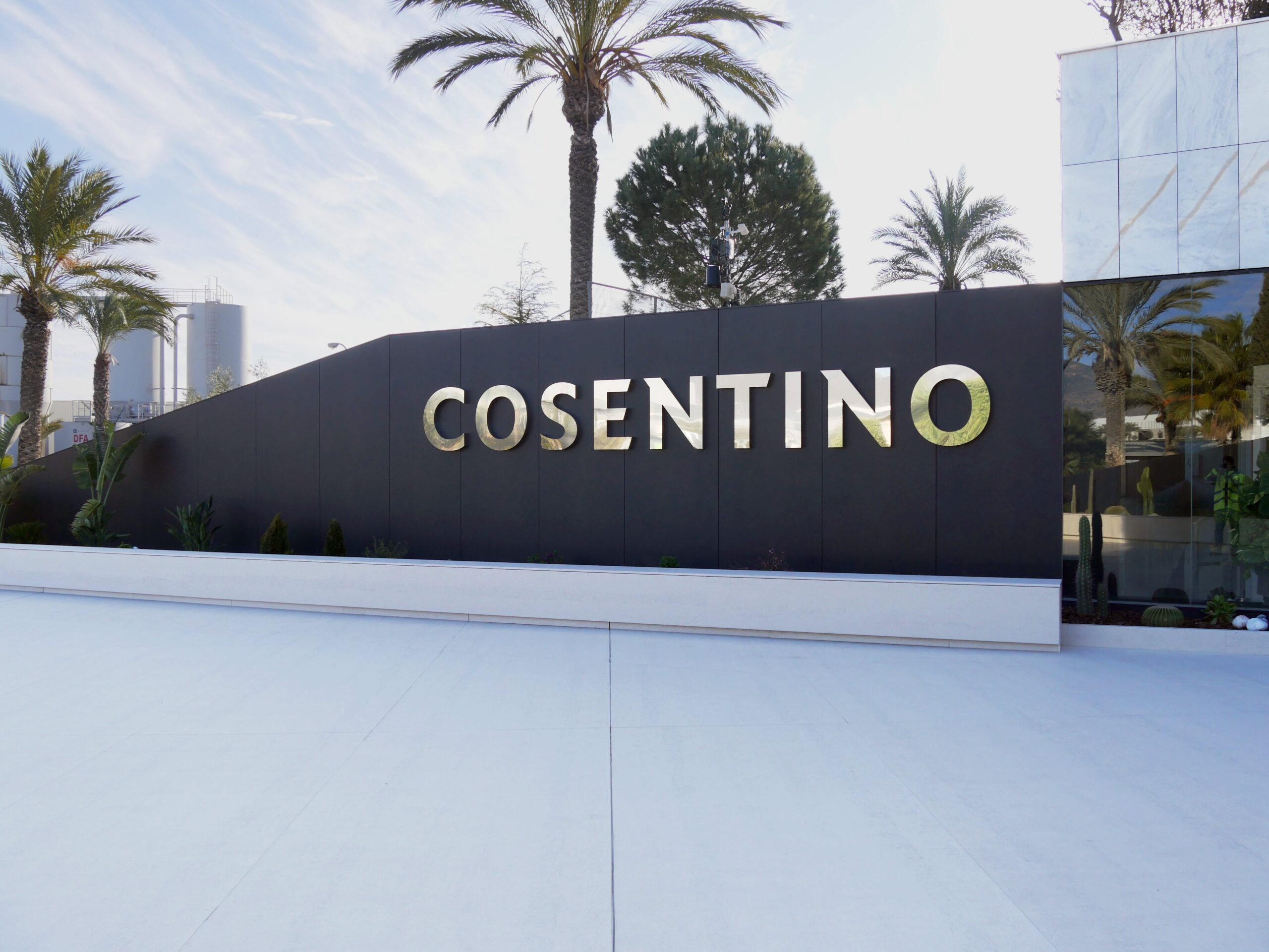 Image of Entrada HQ Cosentino 2 1 3 scaled in The Cosentino Group and GandiaBlasco join forces - Cosentino
