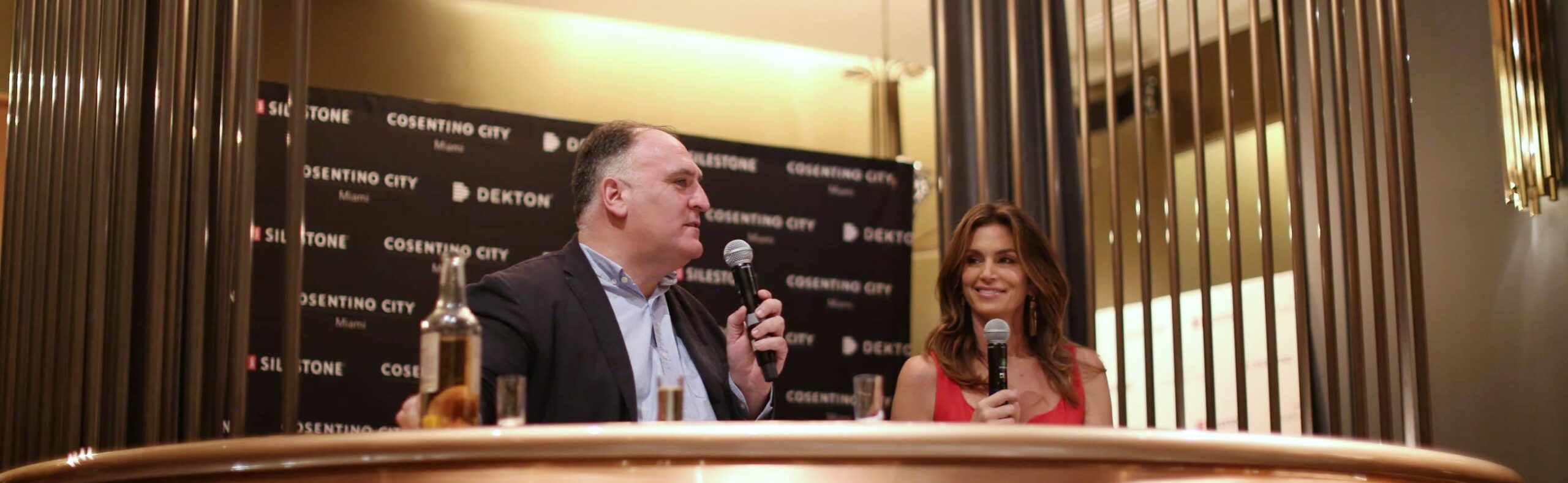 Image of Jose Andres y Cindy Crawford 1 2 scaled in Silestone dazzles with Cindy Crawford and José Andrés - Cosentino