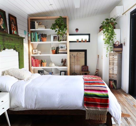 Image of Kim Lewis Tiny Home 9 1 in Kim Lewis Tiny Home with Silestone Eternal Statuario kitchen countertops - Cosentino
