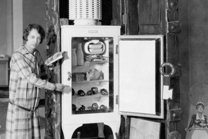 Image of Nevera 1 in Five kitchen items invented by women - Cosentino