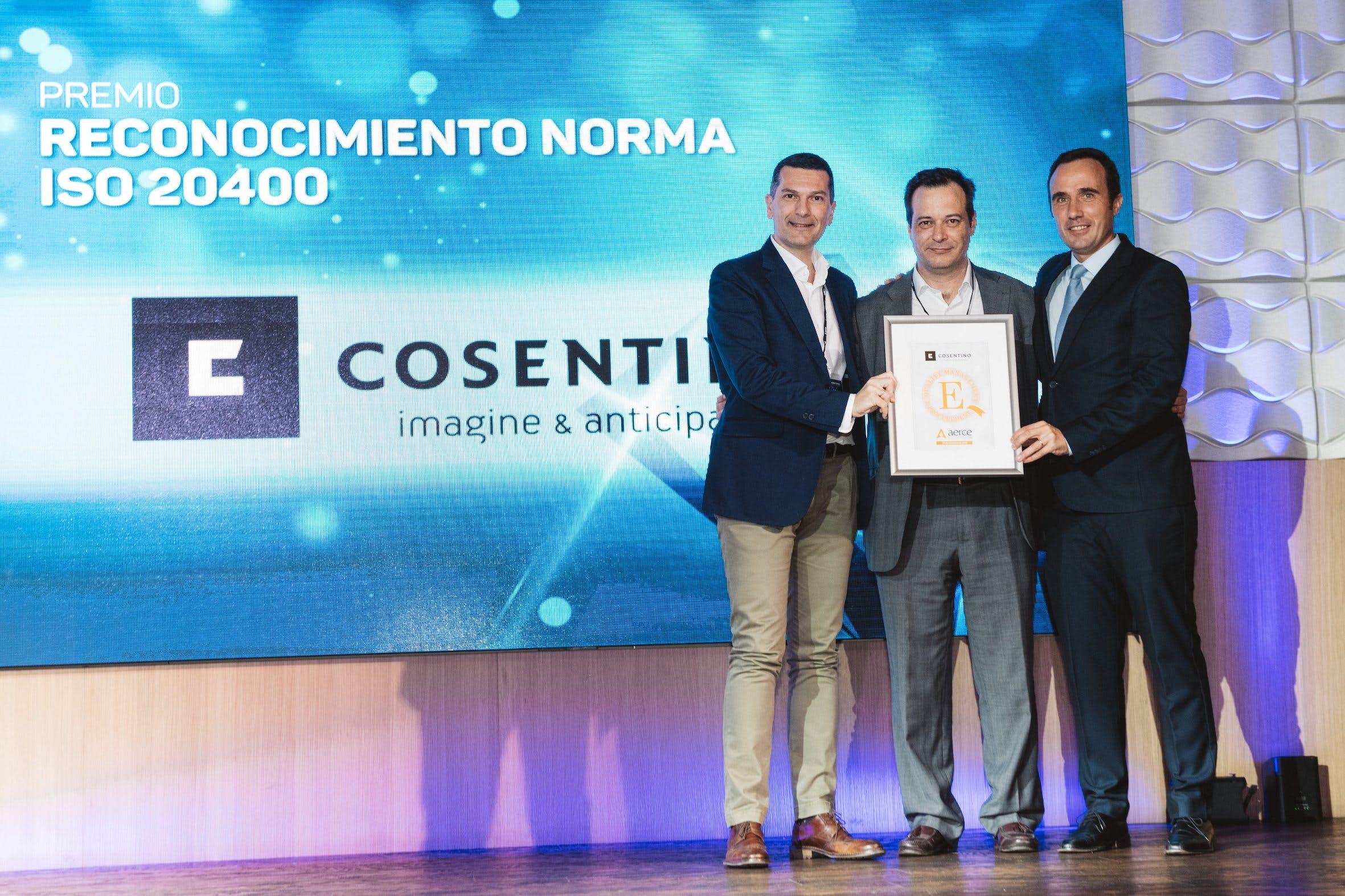 """Image of Premio Aerce Norma ISO Cosentino 1 in Cosentino shines in the X Edition of the """"El Diamante de la Compra"""" Awards - Cosentino"""
