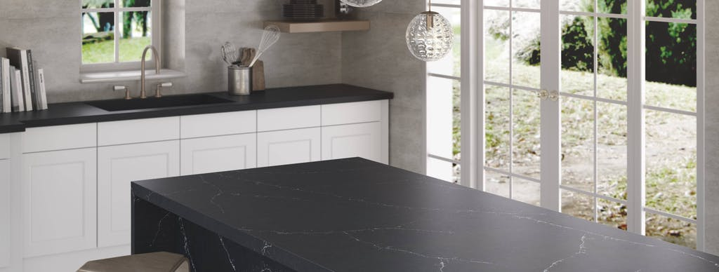 Image of RS11272 Silestone Kitchen Eternal Charcoal Soapstone 1 3 in Black and white kitchens - Cosentino