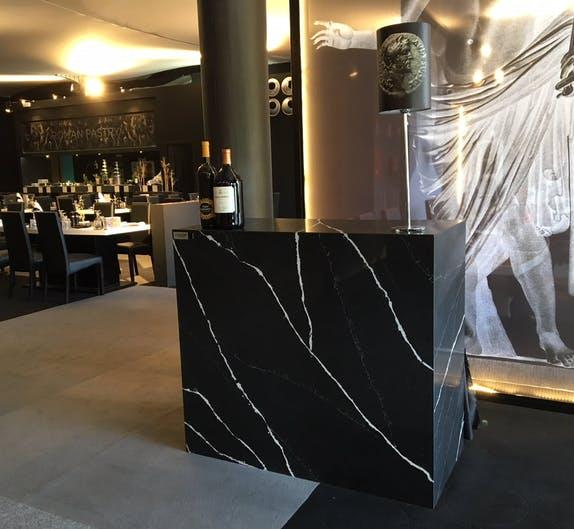 Image of Restauracion VIP mostrador Silestone Eternal Marquina 2 2 in Dekton®, the 'top' sponsor of the Mutua Madrid Open 2018 - Cosentino