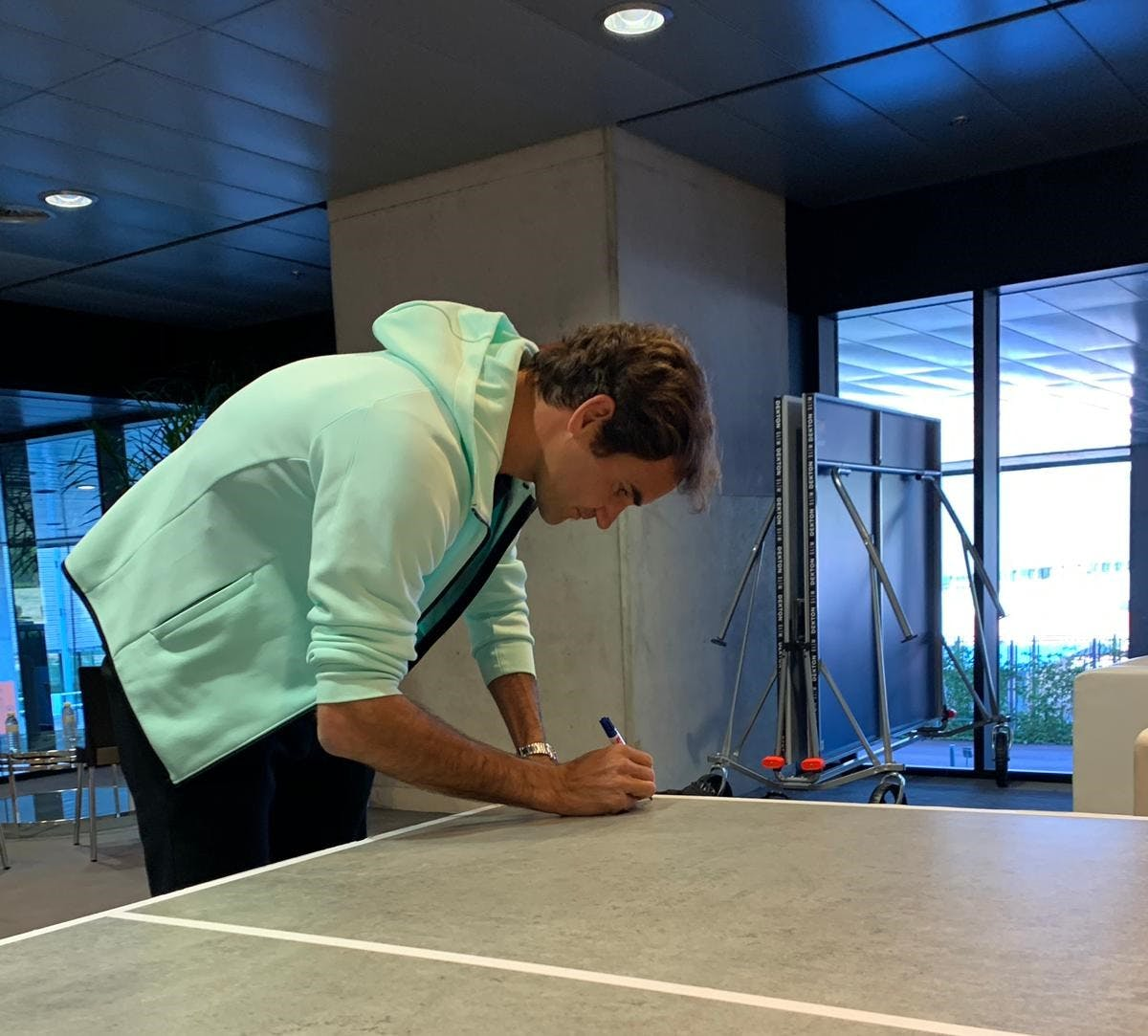 Image of Roger Federer Dekton by Cosentino´s ping pong table blog 1 in Dekton® stars at the Mutua Madrid Open - Cosentino