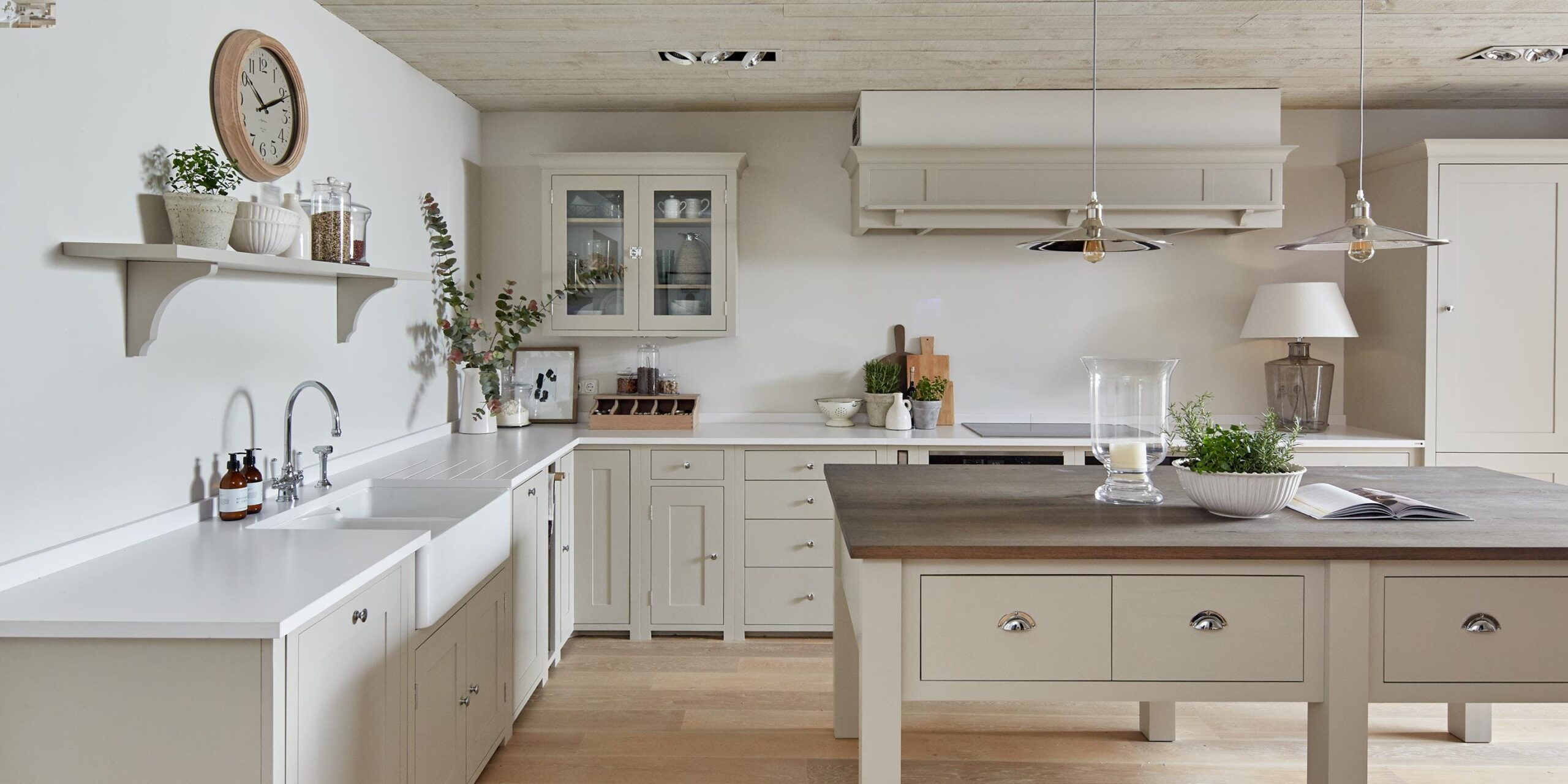 Image of Rustic kitchen 0 2 scaled in {{Seven ways to create a rustic kitchen}} - Cosentino