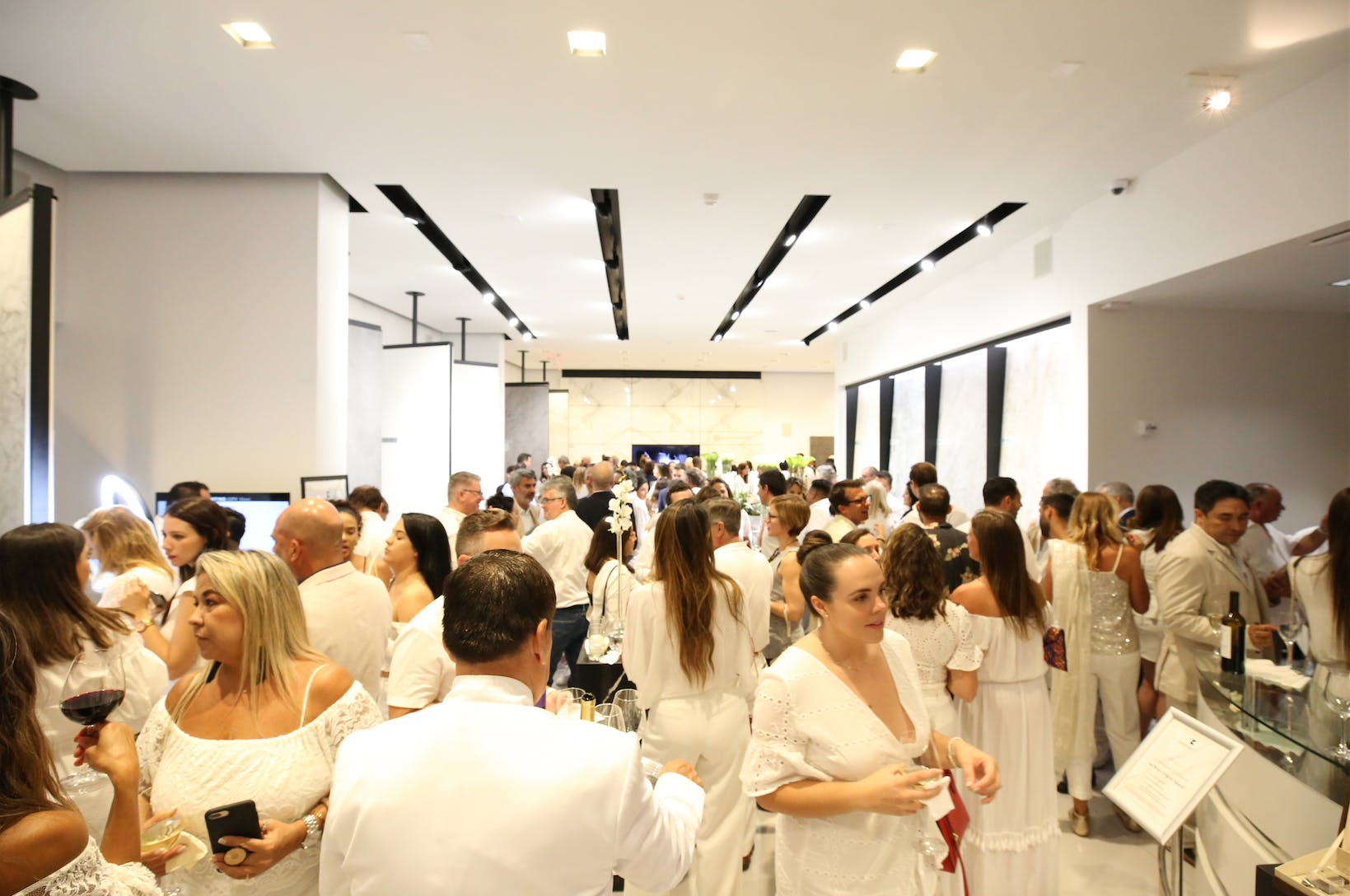 Image of Screen Shot 2019 05 24 at 12.20.18 PM in Cosentino Hosts an All-White Themed Party to Celebrate the First Anniversary of the Miami Cosentino City Showroom - Cosentino