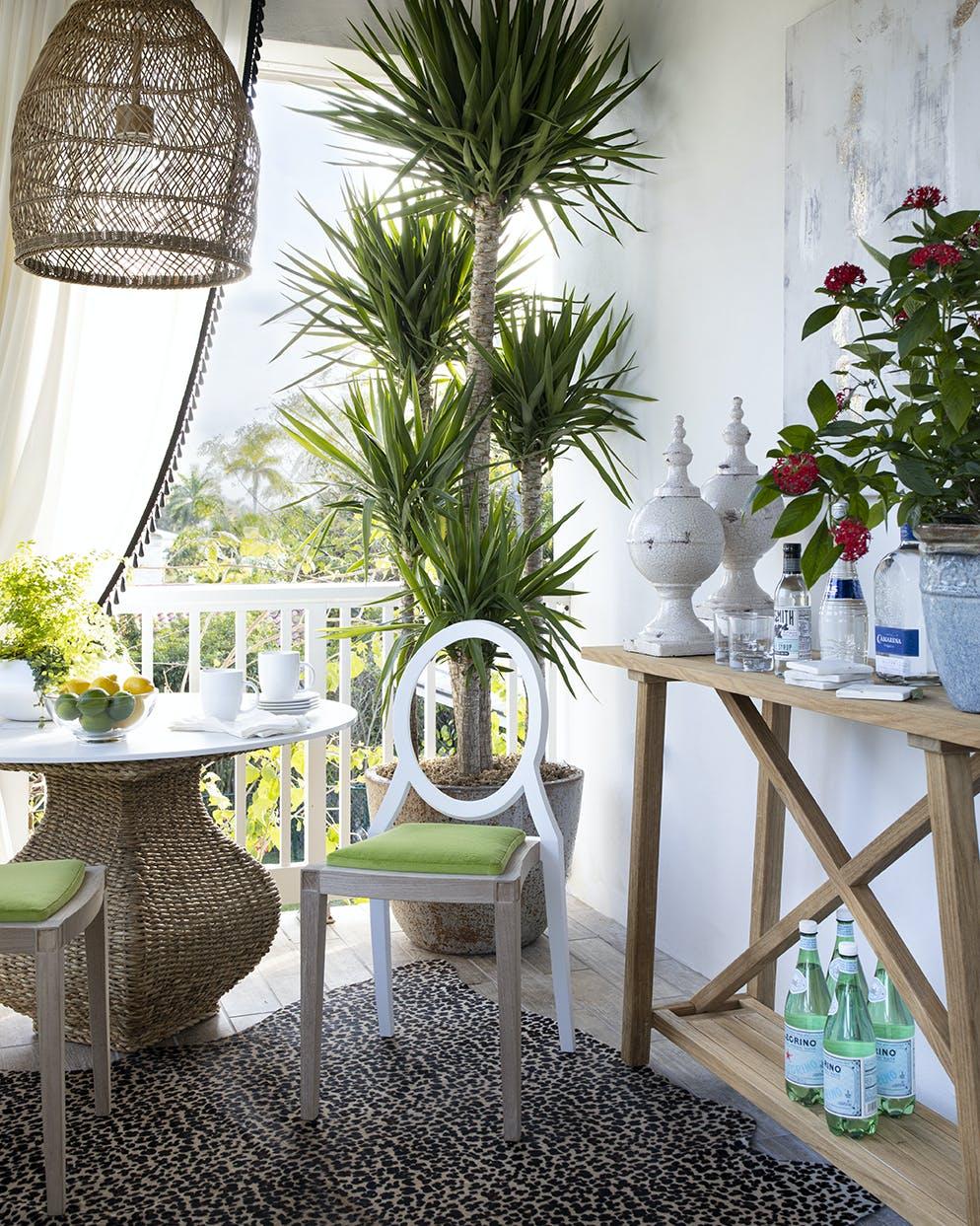 Image of Tablero mesa redonda Dekton Kairos 1 in Nice weather: let's make the most of it! - Cosentino